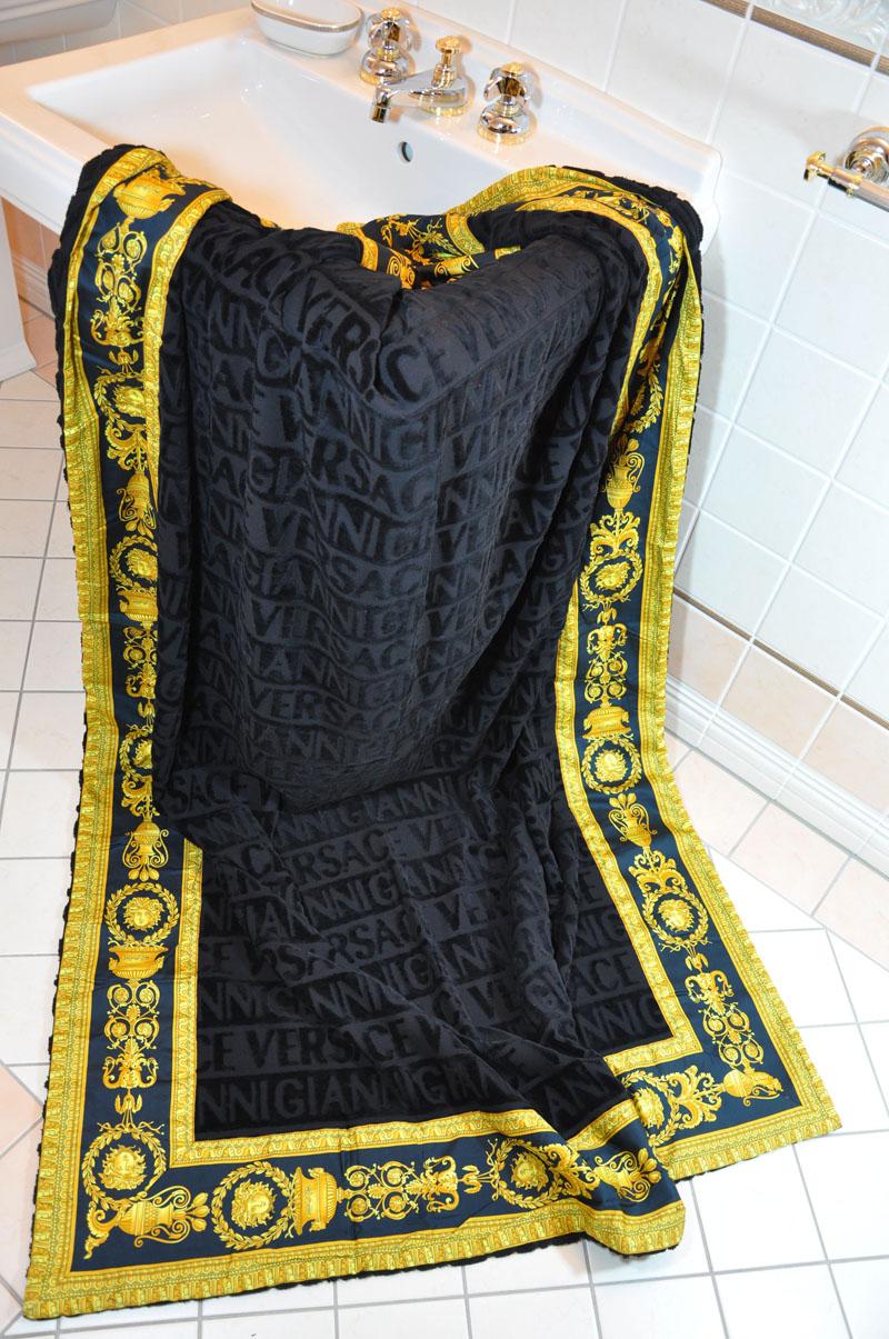Gianni versace medusa lavish beach bath towel black ebay for Versace bathroom accessories